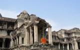 Mnisi w Angkor Wat