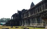 Zewnętrzne mury Świątyni