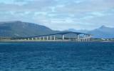 Most łączący wyspy archipelagu